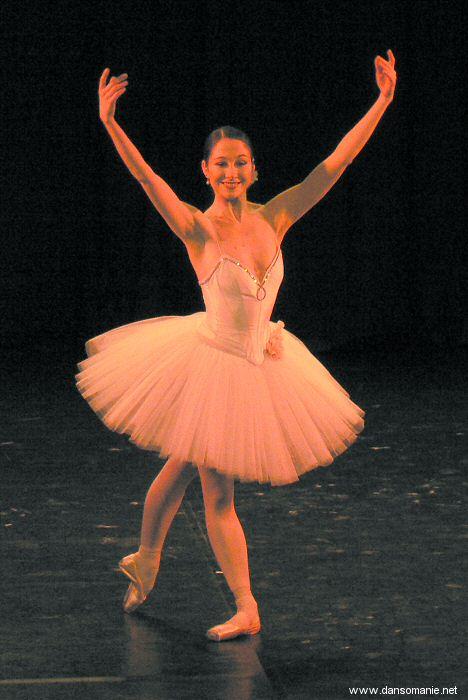 Sarah Kora Dayanova Montrouge03