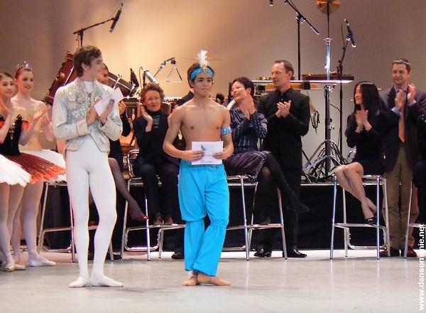 Les hommes du Prix de Lausanne ! Prix_lausanne_01_02_2009_005