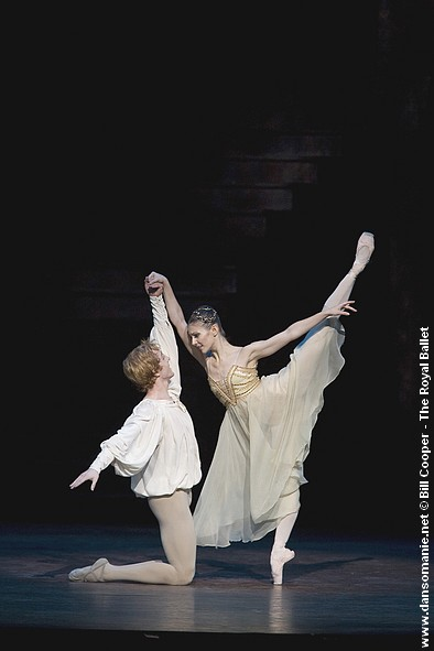 Image hotlink - 'http://www.forum-dansomanie.net/pagesdanso/images/Royal_Ballet_Beijing_2008/romeo_and_juliet_04.jpg'